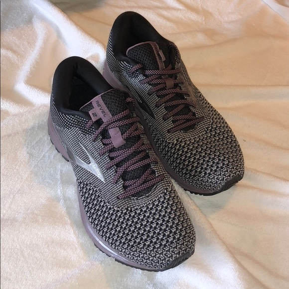 283e0cea188 Brooks Revel 2 size 8 1 2. NEW. NEVER WORN